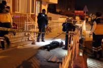 DUMLUPıNAR ÜNIVERSITESI - Annesini Rahatsız Eden Kişiyi Pompalı Tüfekle Vurarak Öldürdü