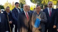 AYDIN VALİSİ - Aydın'da 9 Bin Adet Meyve Fidanı Toprakla Buluşacak