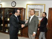 MUSTAFA ASLAN - Başbakan Danışmanı Çavuşoğlu, ADÜ'yü Ziyaret Etti