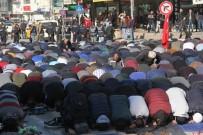 KEMERALTı - Cuma Namazı Çıkışı Kudüs Kararı Protesto Edildi