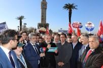 TARİHİ SAAT KULESİ - İzmir'de Kudüs Protestosu