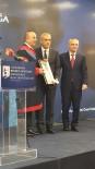 MEVLÜT ÇAVUŞOĞLU - 'Mehmet Akif Ersoy 2017 Bilim Ödülü' ERÜ Bilim Adamına Verildi