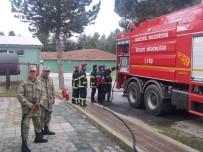 YANGIN TATBİKATI - Mühimmat Depo Komutanlığında Askerlere Yangın Eğitimi