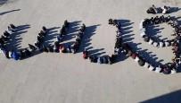 Öğrenciler ABD'ye Tepki İçin Arapça 'Kudüs' Yazdı