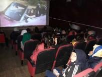 ÜCRETSİZ ULAŞIM - Öğrenciler Sinemada Bir Araya Geliyor