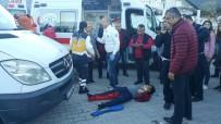 OKUL SERVİSİ - Okul Servisinin Çarptığı Öğrenci Yaralandı