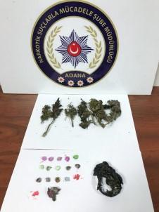Merkez Haberleri: Polisi görünce uyuşturucuyu sobaya attılar