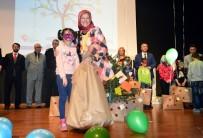 MEHMET ÖZEN - Sakarya'da Sevgi Evlerinde Kalan Çocukları Sevindirdiler