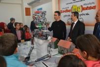 ROBOTLAR - Saruhanlı'da Öğrenciler Robotik Çalışmaları İnceledi