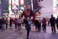 MANHATTAN - Times Meydanı, Zeybek Nağmeleri İle İnledi
