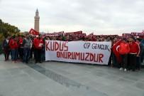 HAKKANIYET - Antalyasporlu Taraftarlardan Alkışlık Hareket