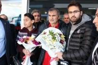 ERKILET - Beşiktaş Kafilesine Kayseri'de Coşkulu Karşılama