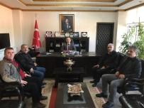 ŞEHİT BABASI - Burhaniye'de Şehit Babası Mehmet Zeki Sekin Kaymakam Öner'i Ziyaret Etti