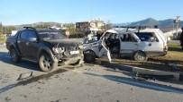 SÜLEYMAN ÖZDEMIR - Gazipaşa Sanayi Kavşağında Kaza Açıklaması 1 Yaralı