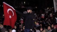 İSRAIL BAYRAĞı - Londra'da Türk Bayraklı 'Kudüs' Protestosu