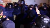 GÜRCİSTAN CUMHURBAŞKANI - Saakaşvili Açlık Grevine Başladı
