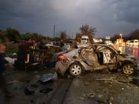 SANAYİ SİTESİ - Tire'de Feci Kaza Açıklaması 1 Ölü, 2 Yaralı