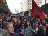 TRUMP - Tunus'ta Yüzlerce Kişi Trump'ın Kudüs Kararını Protesto Etti