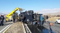 POLİS MEMURU - Zırhlı Polis Aracı Devrildi Açıklaması 2 Yaralı