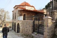 İSHAKÇELEBI - 700 Yıllık Darphane Binası Kaderine Terk Edildi