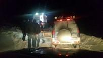 KURTARMA EKİBİ - Ağrı'da Hasta Kurtarma Operasyonu