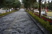 İNŞAAT ALANI - Ankara Büyükşehir Belediyesi, Sincan Cimşit Mezarlığı'na Cami Ve Modern Tesislerin Yapım Çalışmalarını Sürdürüyor