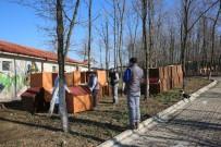 OKTAY KAYNARCA - Başkan'dan 'Bir Pati De Sen Tut' Projesine Plaket