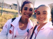 ANADOLU ATEŞI - Hokey Milli Takımı'na Malatya'dan Demet Yıldırım Da Davet Edildi
