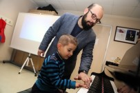 TÜRK MÜZİĞİ - Küçükçekmeceli 2 Bin Anaokulu Öğrencisine Müzik Eğitimi