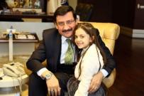 TABLET BİLGİSAYAR - Suriyeli Bana Alabed, Başkan Ak'ı Ziyaret Etti