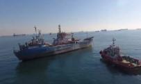 KIYI EMNİYETİ - Zeytinburnu Açıklarında Gemi Yan Yattı