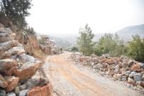 YOL ÇALIŞMASI - Alanya Kırsalına Yeni Yollar