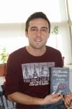 TÜRK DİLİ VE EDEBİYATI - Atanamayan Edebiyat Öğretmeni Şiir Kitabı Çıkardı