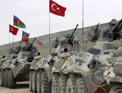 Azerbaycan, Ermenistan'ın aracını vurdu
