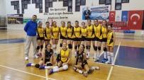 Bozüyük Belediyesi İdmanyurdu Spor Bayan Voleybol Takımı Rakibini 3-0 Yendi