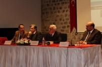 MODERATÖR - Edirne'de 'İrfan Medeniyetinde Bir Zirve Açıklaması Hoca Ahmet Yesevi' Paneli Düzenlendi
