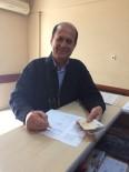 POLİS MERKEZİ - Emekli Öğretmen Pazarda Bulduğu Parayı Polise Teslim Etti