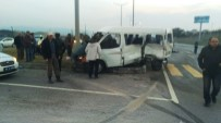 DUMLUPıNAR ÜNIVERSITESI - Gediz'de Trafik Kazası Açıklaması 1 Ölü, 4 Yaralı