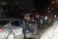 ZIRHLI ARAÇLAR - Hakkari'de 700 Polisle 'Huzur 3' Operasyonu