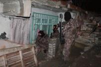 ÖZEL TİM - İstanbul'da zehir tacirlerine şafak operasyonu
