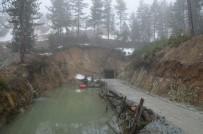 Madende Üzerine Kaya Düşen İşçi Hayatını Kaybetti
