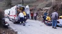 Milas'ta İki Motosiklet Kafa Kafaya Çarpıştı Açıklaması 2 Yaralı