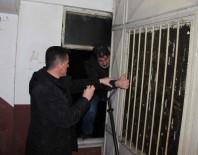 HÜRRİYET MAHALLESİ - Polis, Kan İzinden Hırsızın Peşine Düştü
