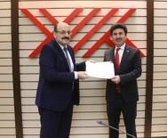 MUSTAFA DOĞAN - Rektör  Karacoşkun, Mazbatasını YÖK Başkanı Saraç'dan  Aldı