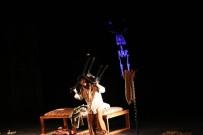 PAMUKKALE ÜNIVERSITESI - Şehir Tiyatrosundan 'Siyah Pelerinli Adam'