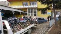 Bolvadin'de Plakası Ve Ruhsatsız Motosikletler Toplanıyor