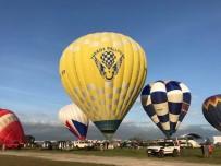 Kapadokya'da Uçuş Yapan Balonlar Festival İçin Filipinler'e Gitti
