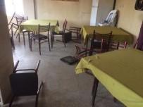 YAĞCıLAR - Köy Kahvehanesine Silahlar Konuştu