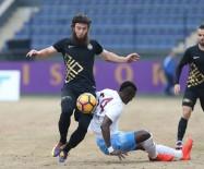 HAKAN ARıKAN - Trabzonspor Seriyi Sürdürdü