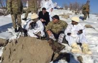Vali Zorluoğlu, Operasyon Bölgesindeki Askerleri Ziyaret Etti